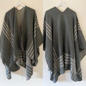 BB Dakota Grey Wrap Sweater Reversible Open Front Classic